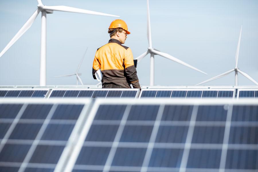 ¿Cómo realizar un servicio técnico eficaz en parques solares?